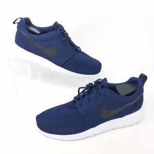 Nike Mens Size 6 Roshe One (511881-405)
